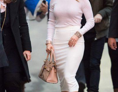 Jennifer Lopez Hot Pictures