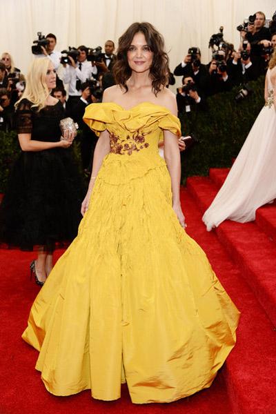 katie holmes as Belle