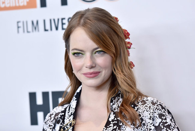emma stone wore real roses